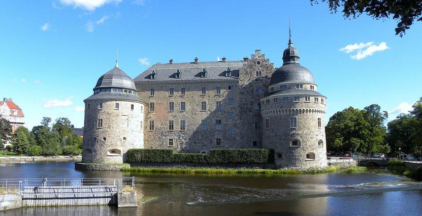 Örebro slott lyfts i grannkampanjen, liksom  besöksmål i Linköping, Norrköping. Karlstad och Västerås. Foto: David Mark