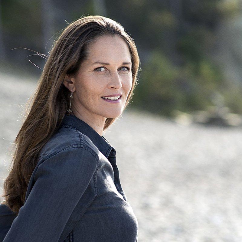 "Sofia Lundberg: ""Vi borde lyssna mer på de äldre"""