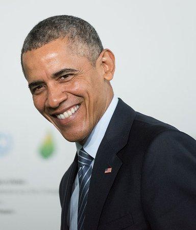 Vad läser Barack Obama? Här är 12 böcker han har rekommenderat
