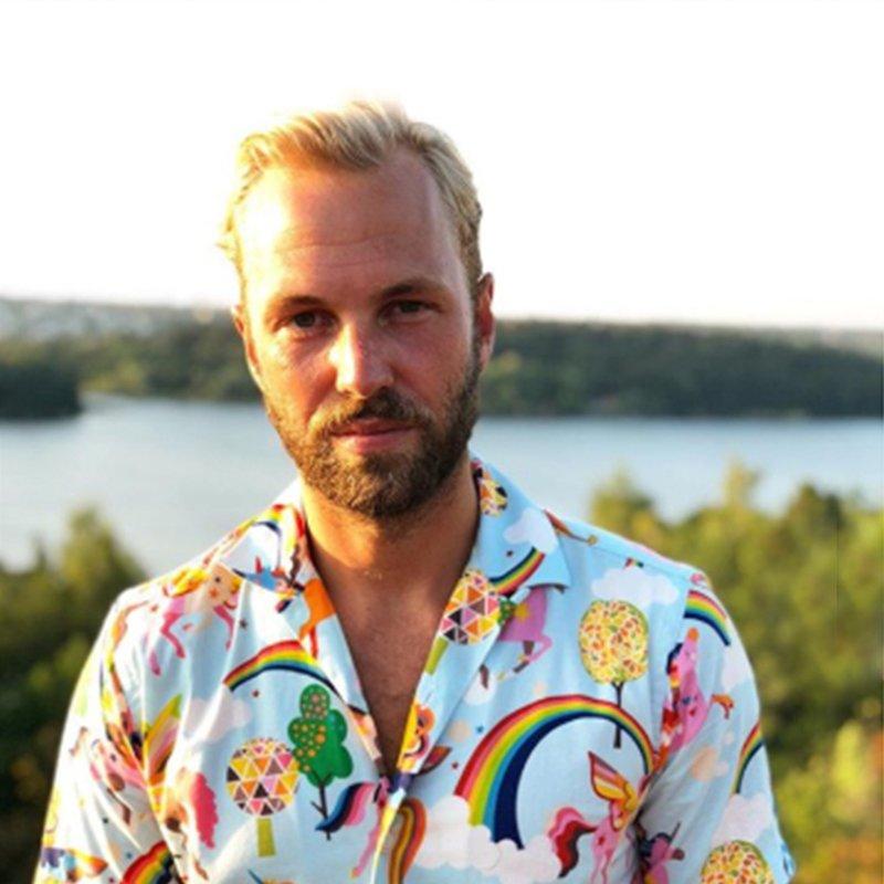 Pappapoddaren Manne Forssberg: Sluta hälla medicin i barnens godis