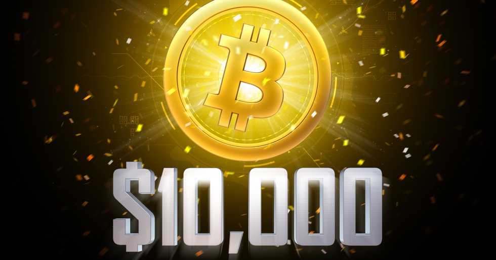 Bitcoinpriset över 10 000 dollar igen.