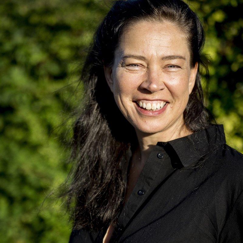 """Marie Lundström: """"I skarp litteratur får våra liv betydelse och konturer"""""""