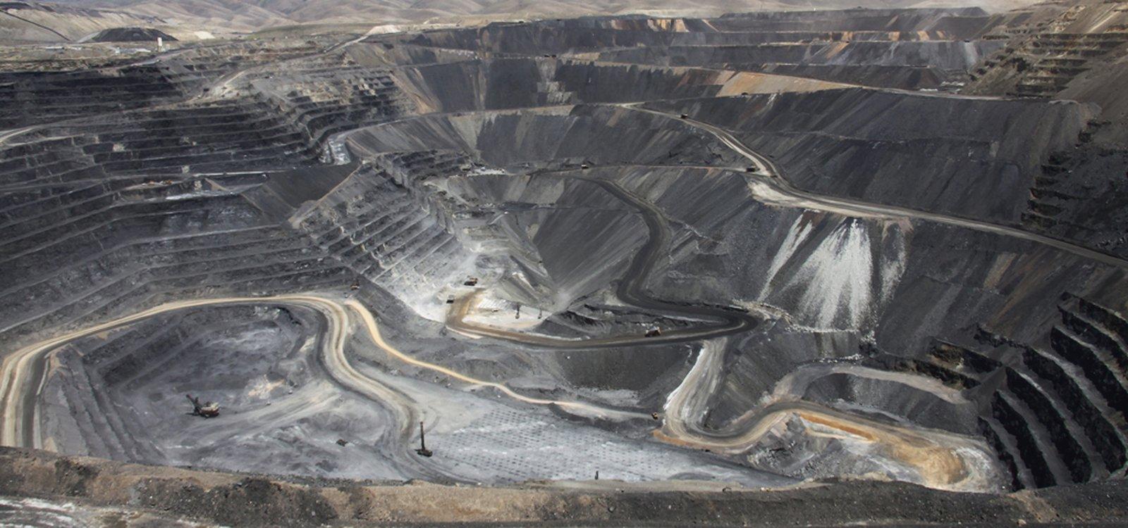 Mineração de ouro no deserto de nevada