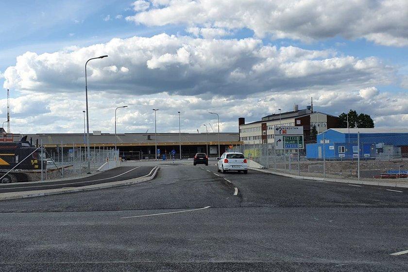 Vägen till Centralens korttidsparkering går via Gullbergsvassgatan, Kruthuslänken (bilden) och Kruthusgatan.