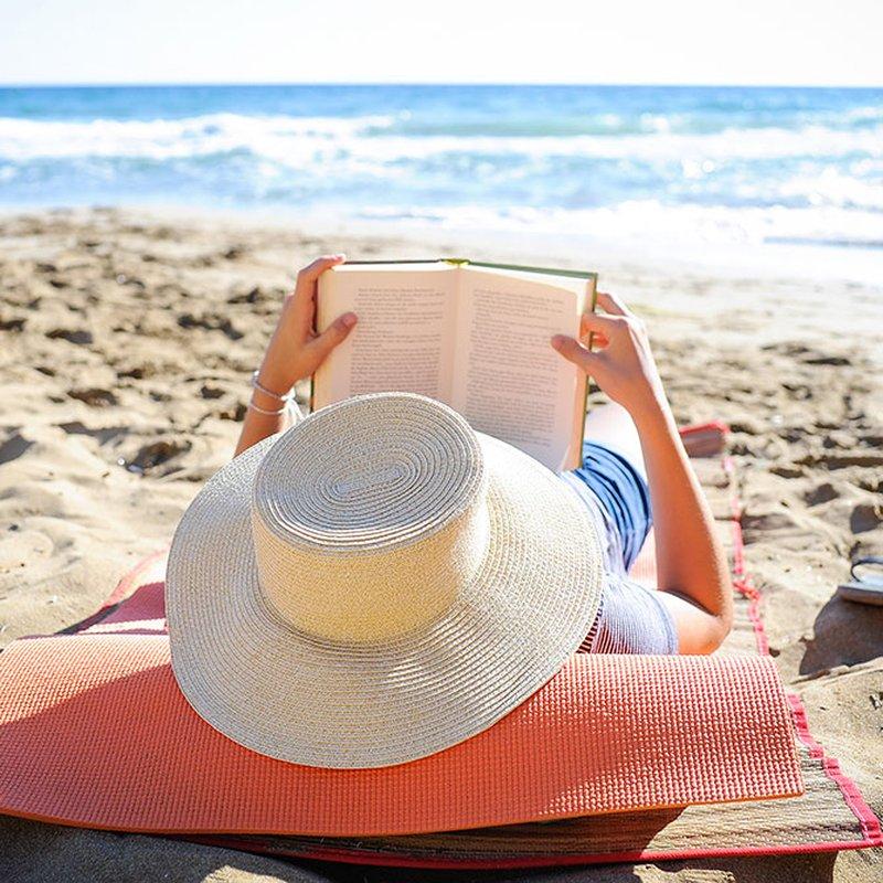 Spänning på stranden! 13 deckare att läsa på semestern