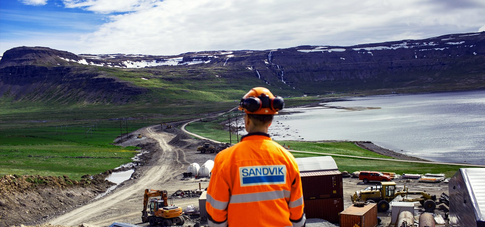 <p>The team at Metrostav partnered with Sandvik to meet its 2020 tunnel completion date.</p>