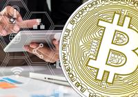 Bitcoin steg nästan 100 dollar på kort tid under lördagen