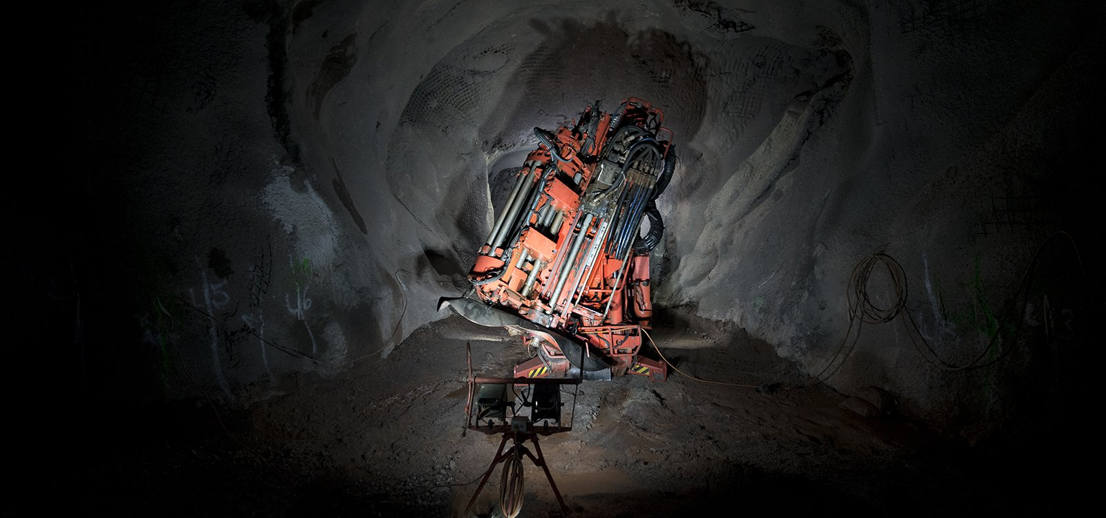 <p>The flexibility and precision of Sandvik DL411 keeps operatinos at Pinos Altos on time and safer.</p>