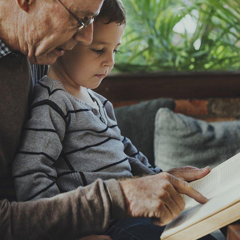 10 barnböcker som passar extra bra för högläsning