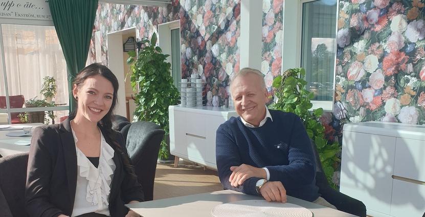 Anneli Rimås med Björkbackens vd Micael Glennfalk. Foto: Björkbacken