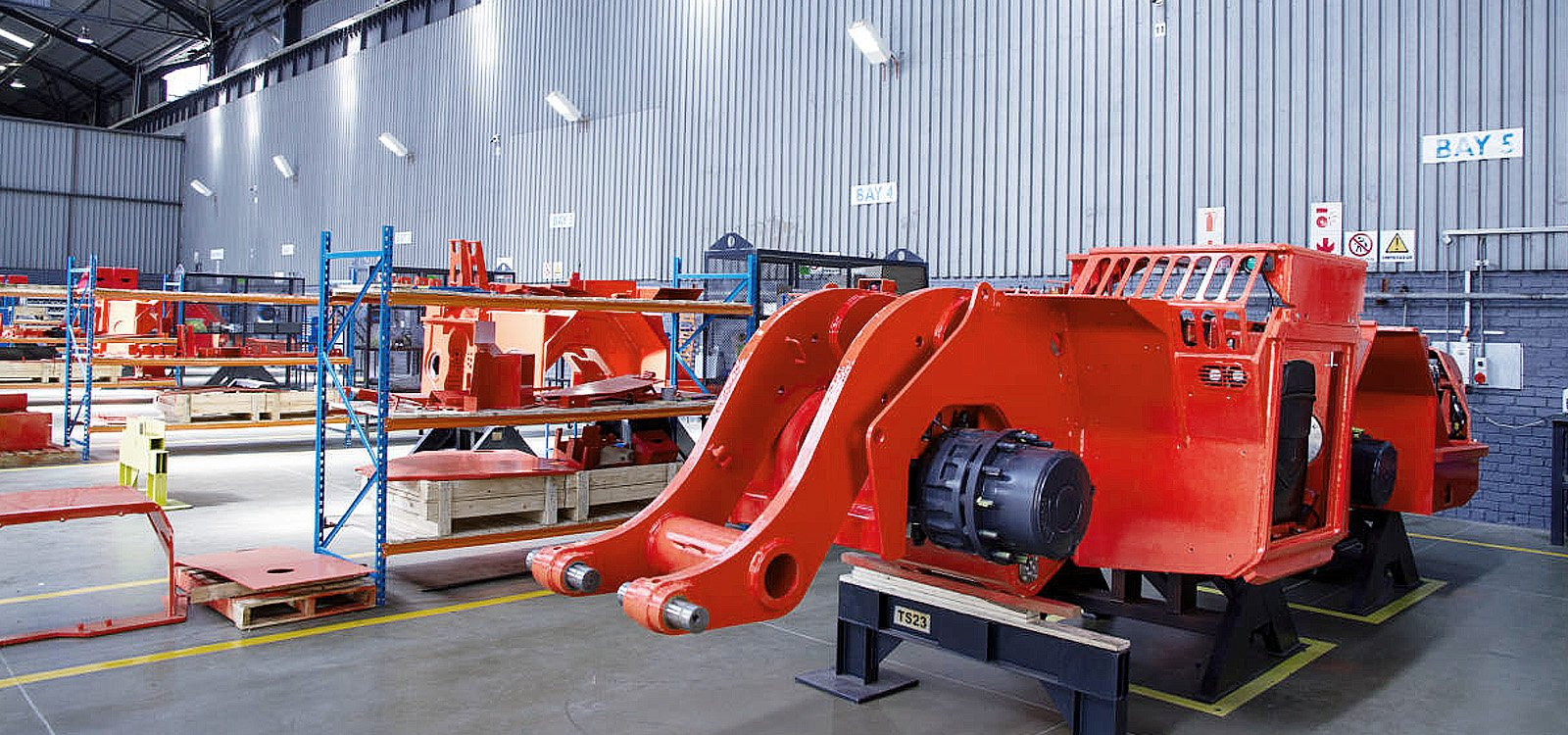 <p>The Sandvik LH115L low-profile loader, which will be manufactured at Jet Park, has been designed with the local market in mind, and is equipped to operate in the harshest conditions.</p>