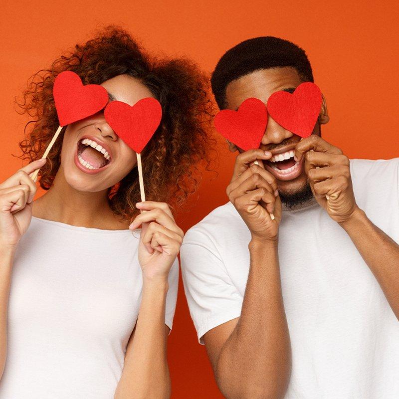10 av litteraturens mest oförglömliga kärlekspar