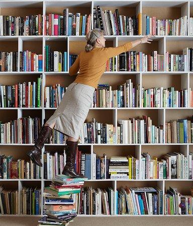 Redaktionens boktips: Det här läser och lyssnar vi på i februari