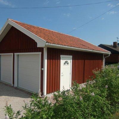 Garage med takpannor