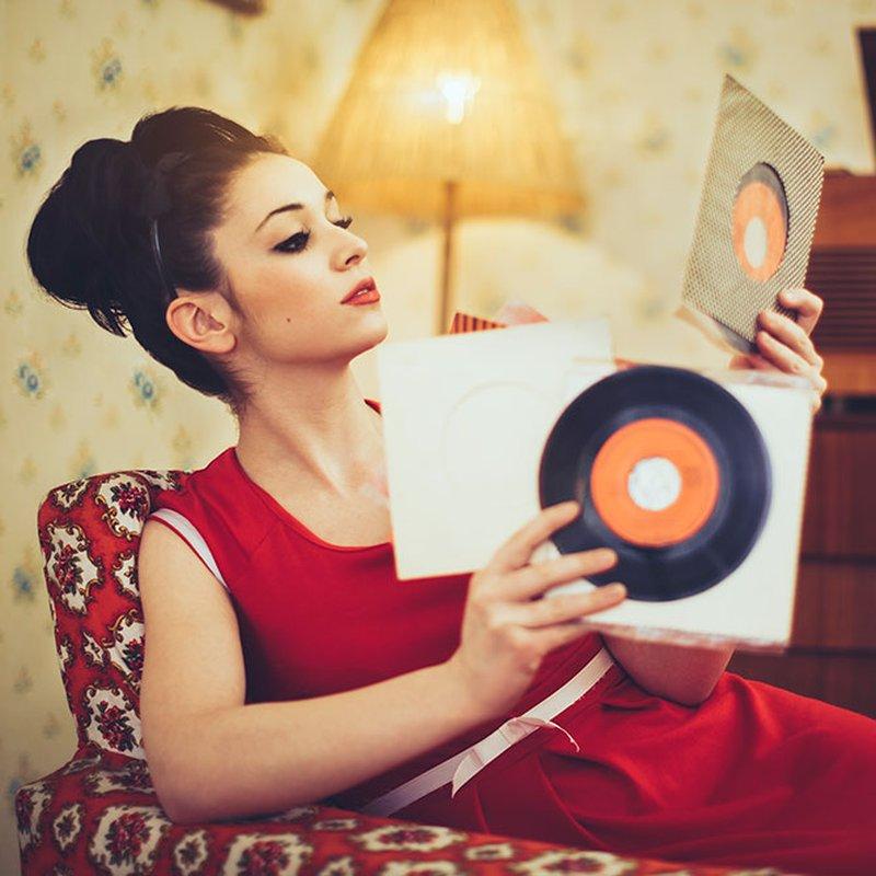 """8 nostalgiska romaner för dig som älskar """"Vår tid är nu"""""""