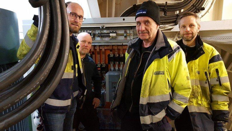Installationspersonalen från Jowic: Från vänster, Marcus Linde; Karl Hall, Bo Strömberg och Per Westrin.