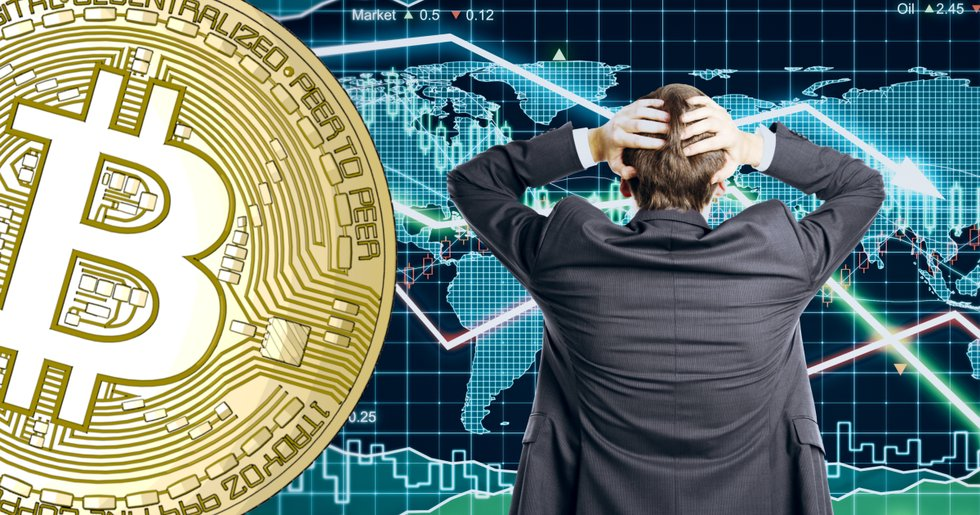 Bitcoinpriset faller under 8 000 dollar medan världens börser störtdyker.