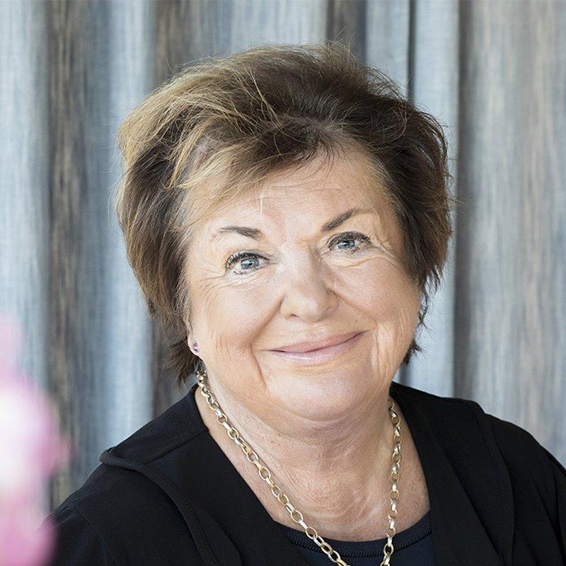Viveca Lärn om nya självbiografin Sladdisen: