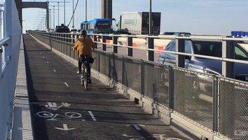 Gång- och cykeltrafiken över Älvsborgsbron byter sida