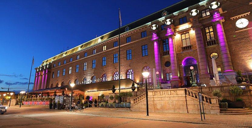 En oviss höst väntar hotellnäringen. Sara Lake på Clarion Hotel Post i Göteborg tror inte att de stora volymerna av internationella gäster kommer tillbaka förrän i mitten av nästa år.