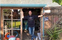 Danyel Couet tar med köket till Gotland