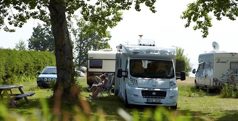 Husbilar tar allt större plats på svenska campingscenen.